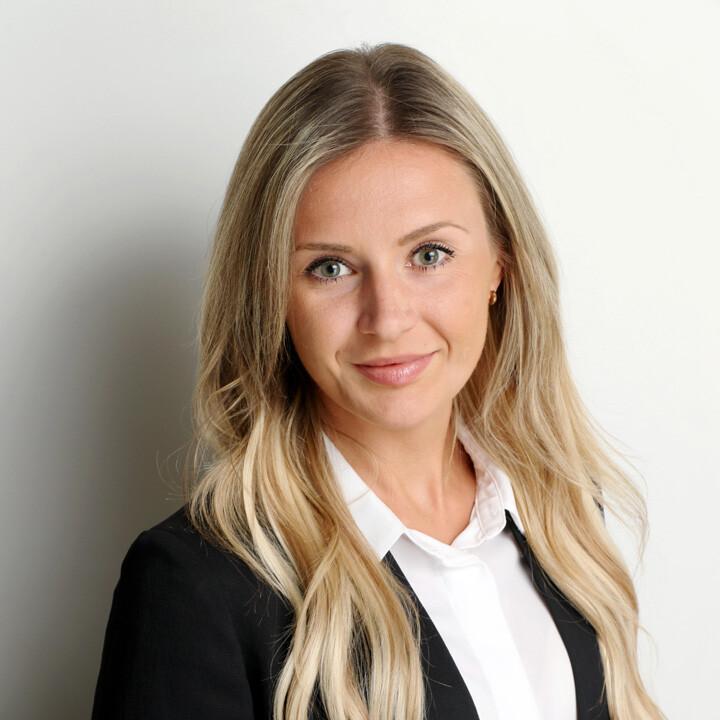Karolina Izydorczyk, Family Law & Divorce Lawyer