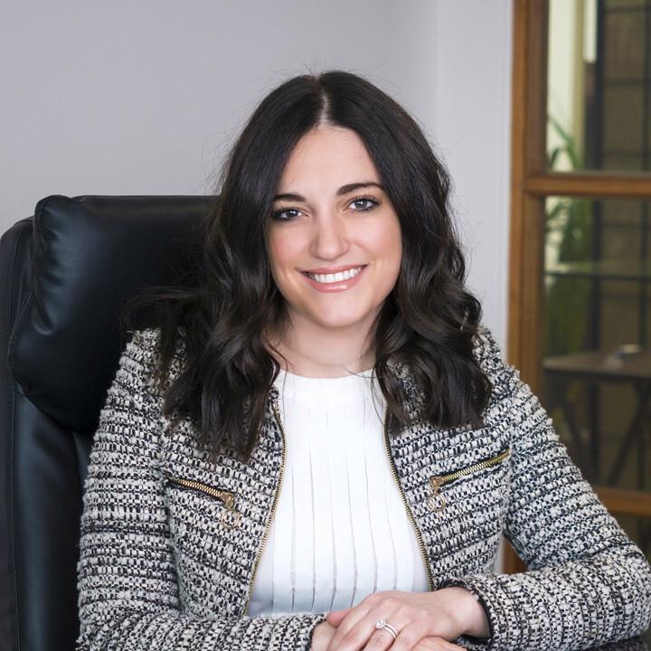 Veronica Vallelonga, Family Law & Divorce Lawyer